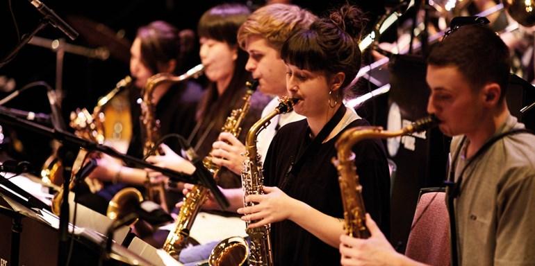 Leeds College of Music SU Big Band @Seven Arts – Sun 2 June 1.30pm